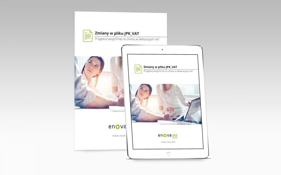 mocup okładki ebooka o zmianach w pliku jpk_v7 - kobieta przy komputerze